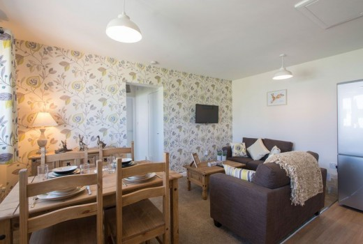 2 Bed Bungalow image 4
